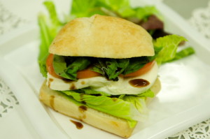 "Read more about the article Fresh Mozzarella Sandwich <span class=""v"">V</span>"