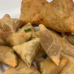 Vegetarian-Indian-Samosas-1.jpeg